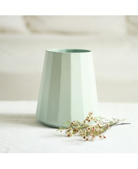Vase porcelaine green
